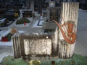 Nagrobnik na kamniških Žalah