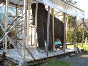 Skulptura mamuta Mihe Kača